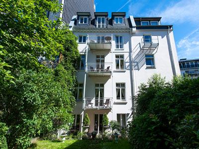 Dirazi Guesthouse Apartments Mit Balkon